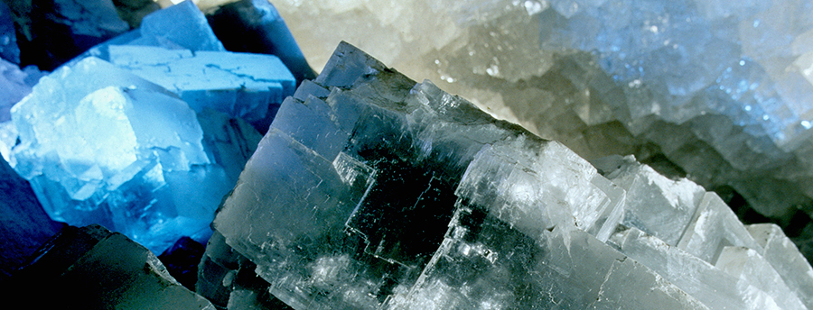 K+S_kristallgrotte_beleuchtete-kristalle-2